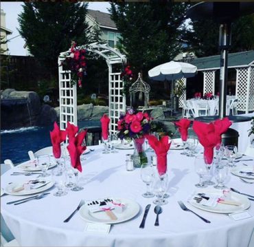 Even for those intimate settings in your backyard we can set up all the required tables, linens, and chairs so you can have fun with the decor.  Loved this Murrieta view of our clients poolscape with the contrasting bright pink napkins