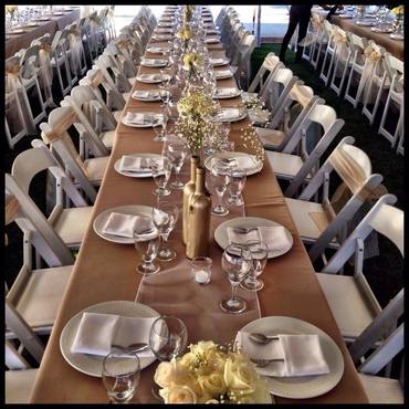 Banquet row seating for this Menifee wedding