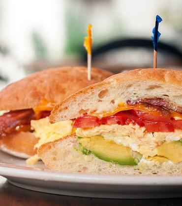 Egg, avocado, tomato & bacon